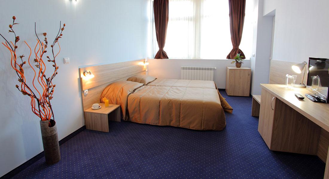 teodora-palace-luxury-room-01